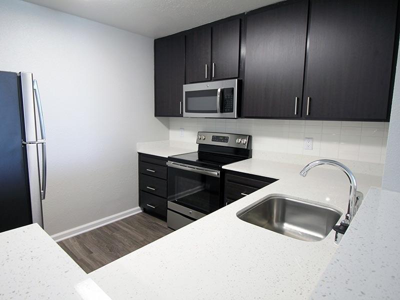 Kitchen - Emeryville Apartments