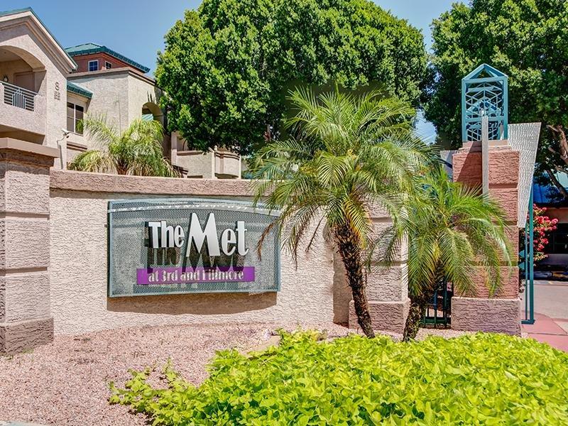 Met at 3rd & Fillmore Apartments in Phoenix, AZ apartment